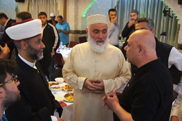 Omar-Moschee-Berlin-Fastenbrechen-2016-2